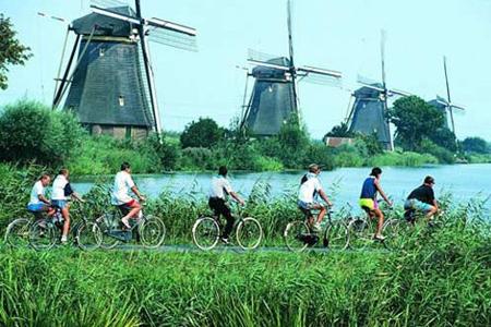 """绿色环保先行者:""""自行车王国""""荷兰"""